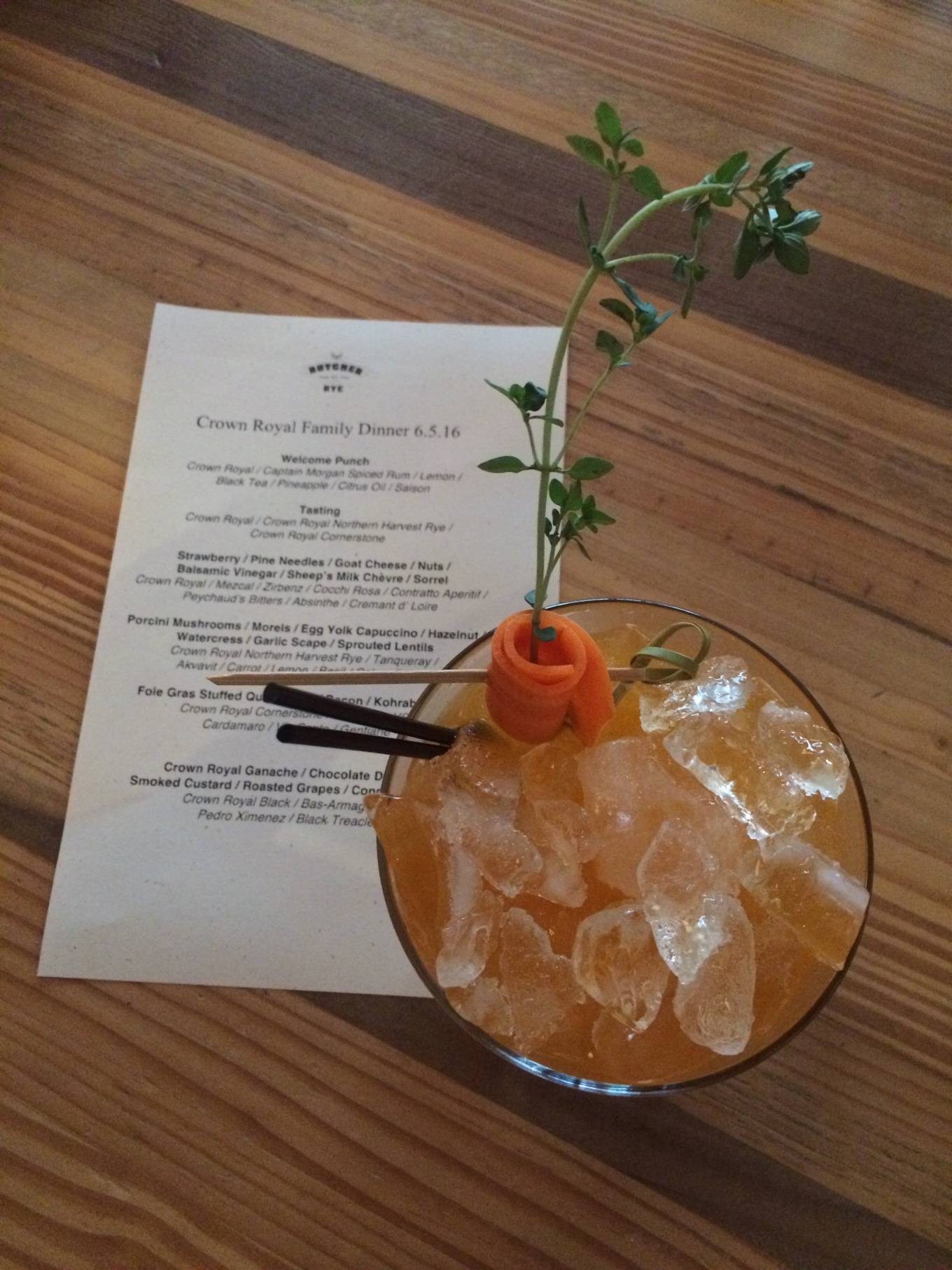 A cocktail and tasting menu