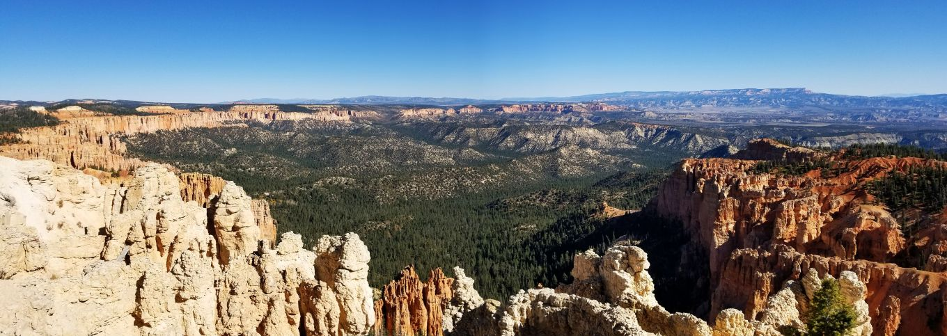 The view of the amphitheater at Bryce Canyon National Park, UT.