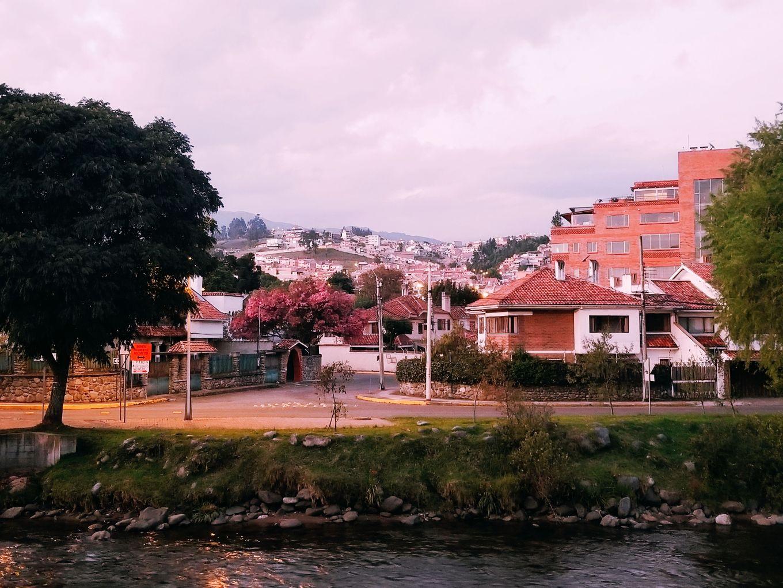 Pink Sunset Cuenca, Ecuador