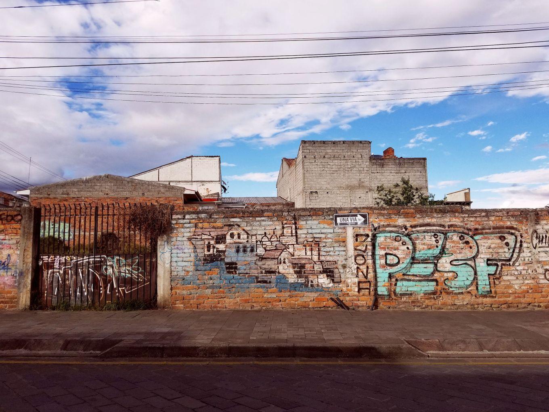 Graffiti along Calle Larga