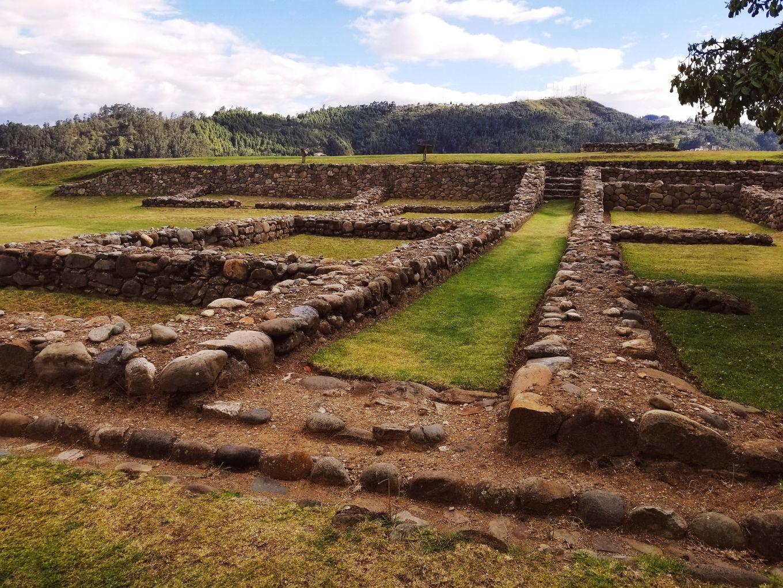 The ruins at Museo Pumapongo